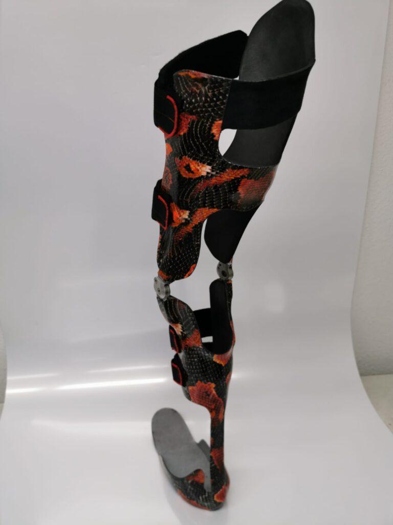 義肢装具12